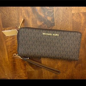 NEW WITH TAGS MK Brown Logo Wristlet Wallet